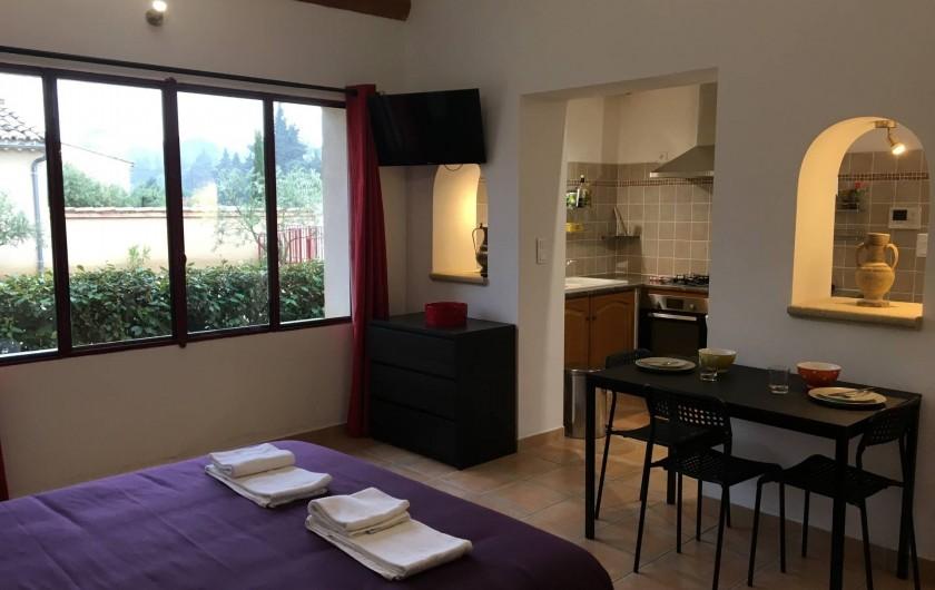 """Location de vacances - Gîte à Carpentras - Studio """"Le Cabanon"""""""
