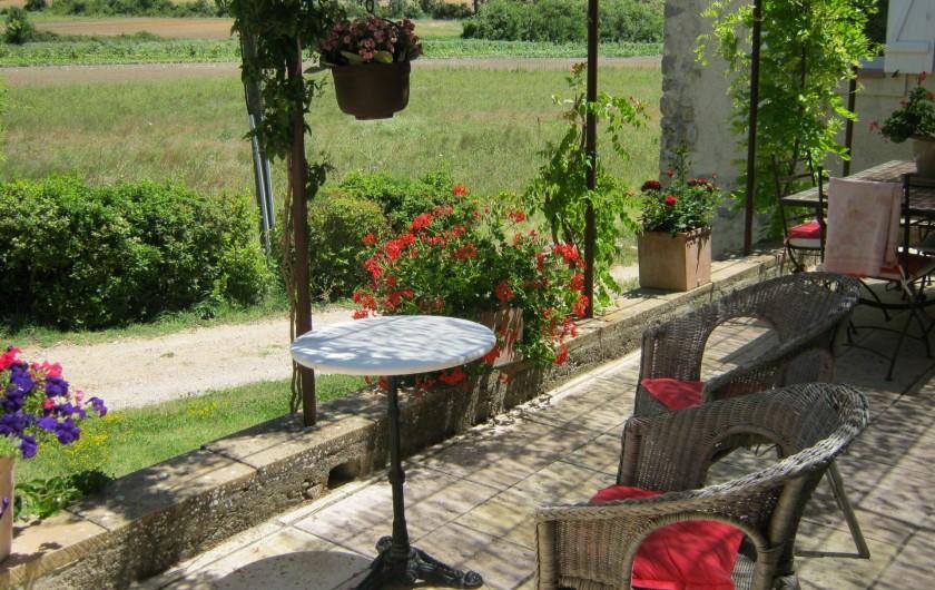 Location de vacances - Gîte à Villecroze - TERRASSE NORD