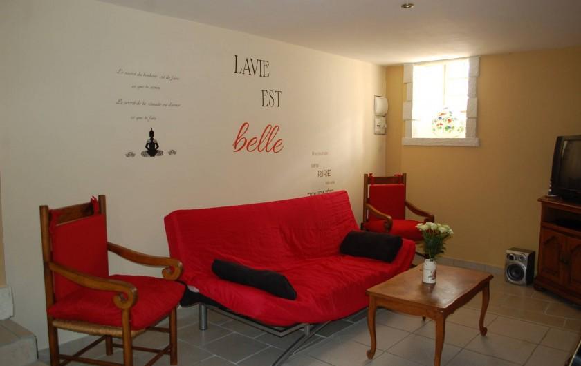 Location de vacances - Gîte à Vals-les-Bains - le salon dans maison de caractère