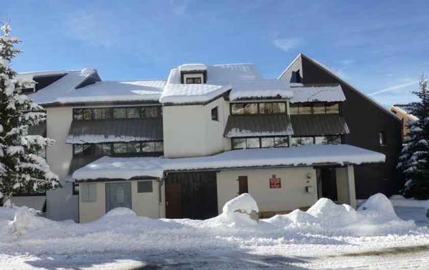 Location de vacances - Studio à L'Alpe d'Huez - Entrée Résidence  Les Solaires