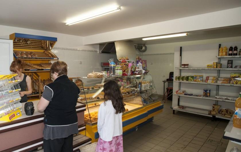 Location de vacances - Camping à La Tranche-sur-Mer - Notre boulangerie / Epicerie