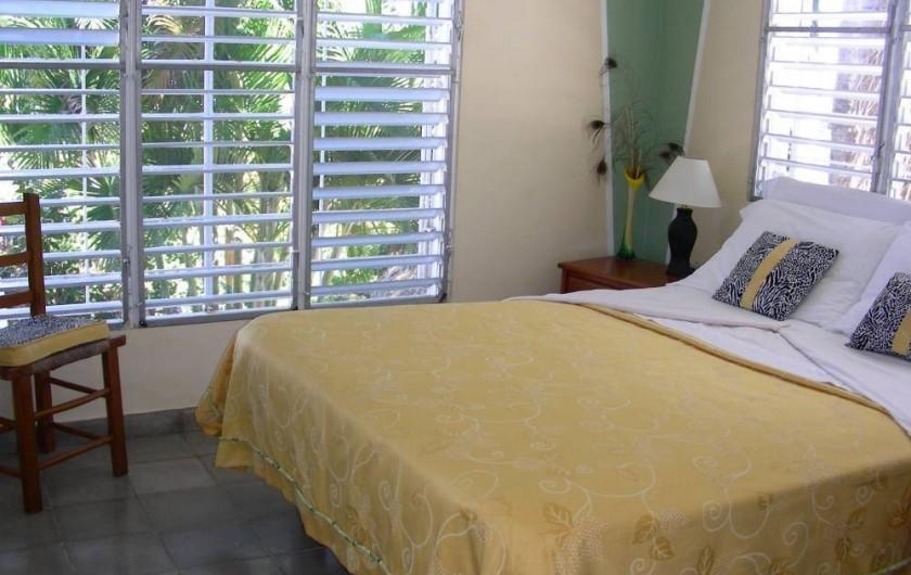 Location de vacances - Villa à Cabrera - Chambre no 1 de la villa avec grand lit