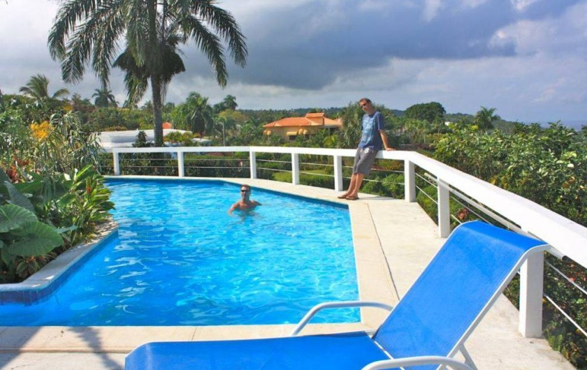 Location de vacances - Villa à Cabrera - Piscine avec vue vers le studio