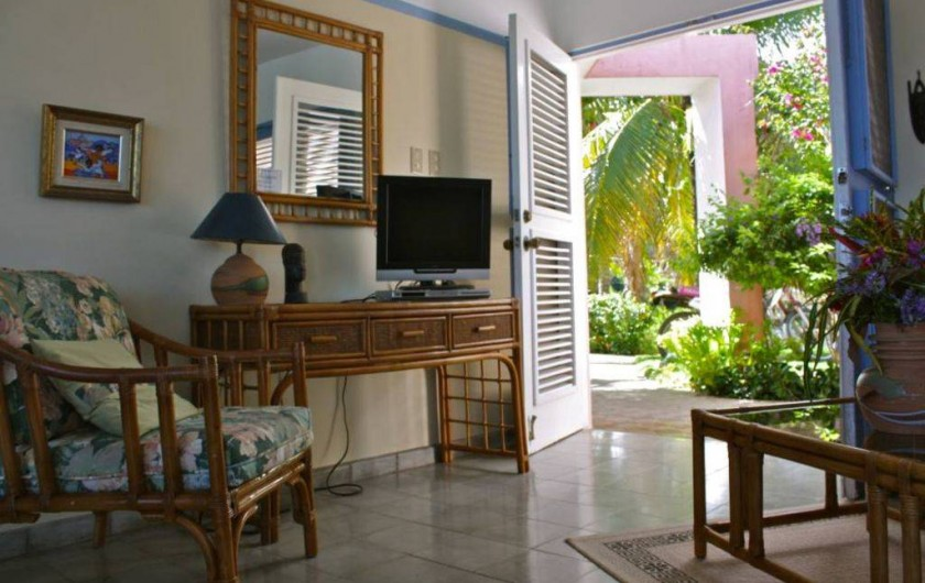 Location de vacances - Villa à Cabrera - Entrée côté Sud du séjour de la villa