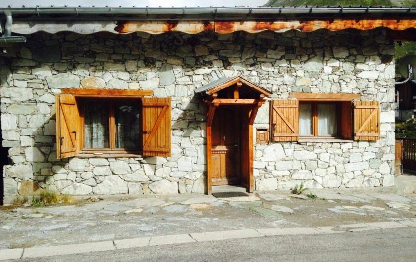 Location de vacances - Chalet à Tignes - Entrée côté route