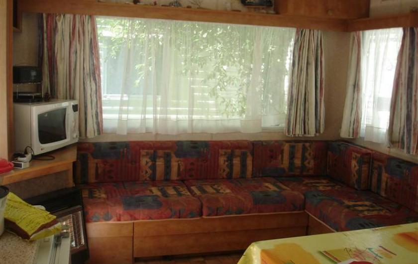 Location de vacances - Bungalow - Mobilhome à Kervoyal - salon