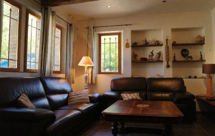 Location de vacances - Villa à Seillans - le salon TV
