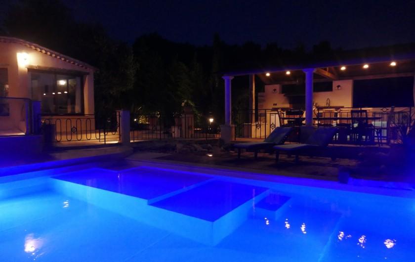 Location de vacances - Villa à Seillans - la salon d'été