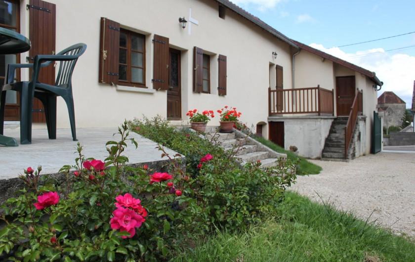 Location de vacances - Gîte à Courcelles-lès-Montbard - Extérieur