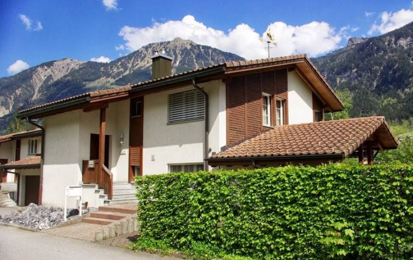 Location de vacances - Villa à Lungern - Vue de la Rue