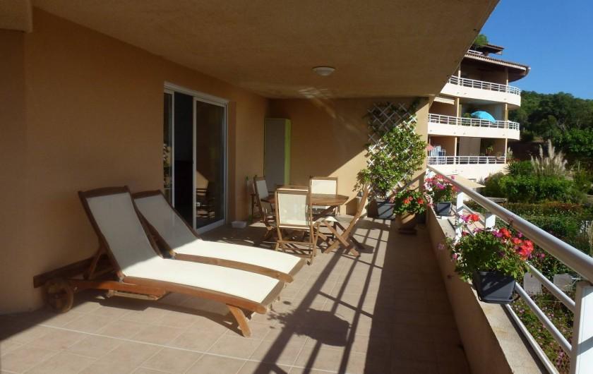 Location de vacances - Appartement à Porticcio - terrasse 38 m2 exposition sud ouest