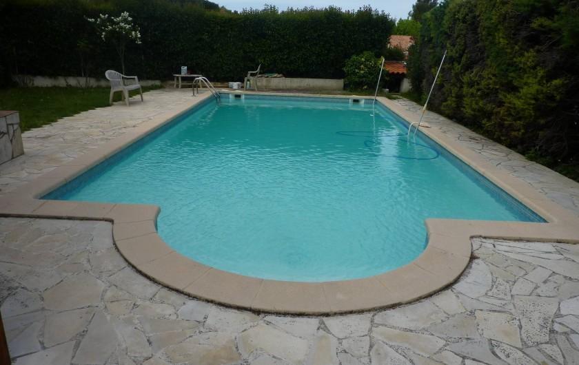 Location de vacances - Villa à Aubagne - Piscine