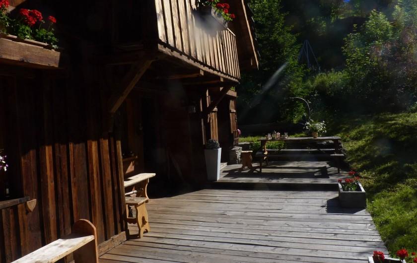 Location de vacances - Chalet à Saint-Gervais-les-Bains - terrasse l été