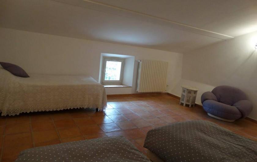 Location de vacances - Gîte à Montferrat - Chambre mansardée