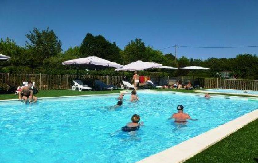 Location de vacances - Chalet à Montricoux - Piscine avec jets à bulles