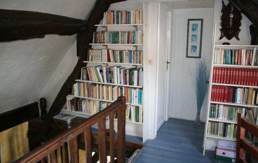 Location de vacances - Chambre d'hôtes à Ochancourt - accès a la  bibliothéque
