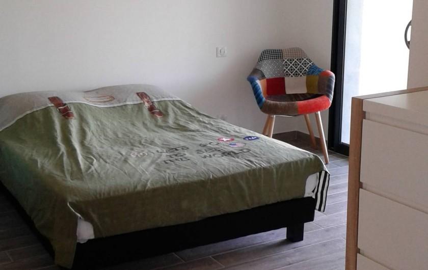 Location de vacances - Villa à Sainte-Lucie de Porto-Vecchio - Une des Chambres