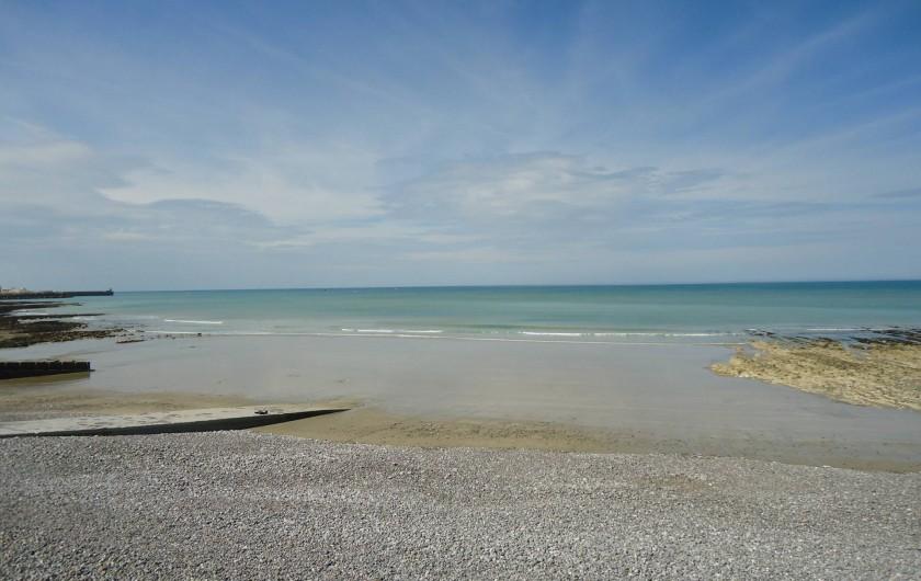 Location de vacances - Maison - Villa à Neuville-lès-Dieppe - La plage de Puys à marée basse