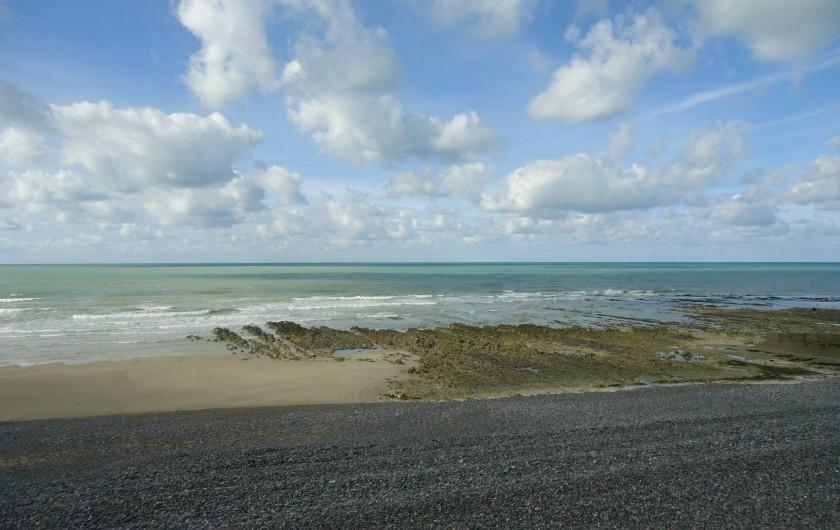 Location de vacances - Maison - Villa à Neuville-lès-Dieppe - La plage de Puys sable et galets