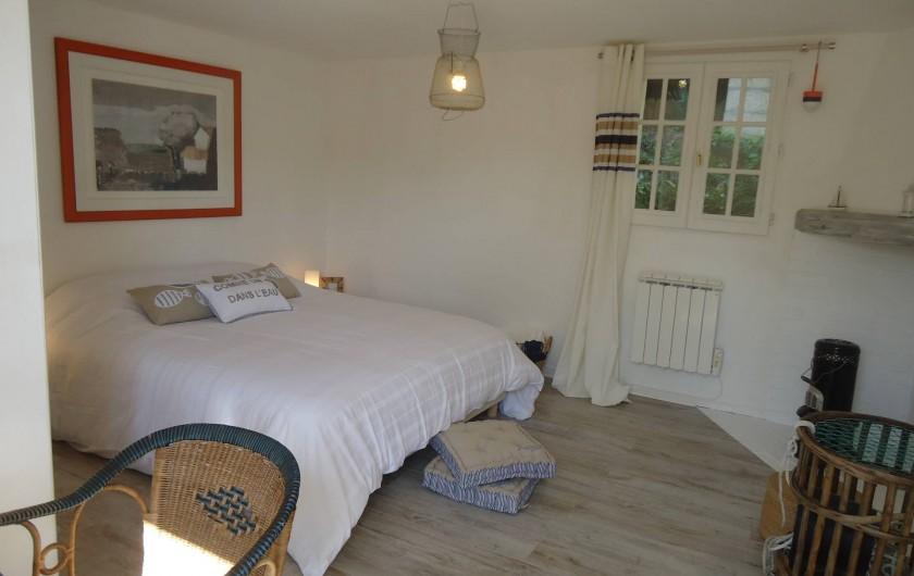 """Location de vacances - Maison - Villa à Neuville-lès-Dieppe - La chambre """"Mer"""""""