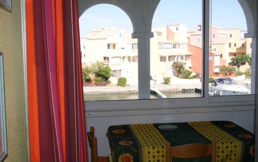 Location de vacances - Appartement à Le Barcarès - vue balcon