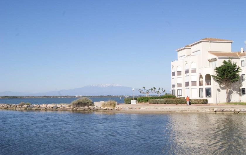 Location de vacances - Appartement à Le Barcarès - le lac