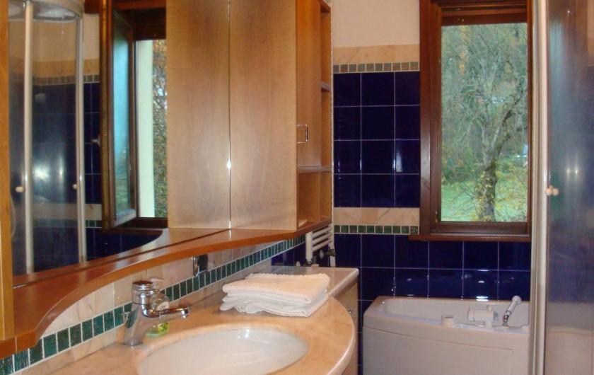 Location de vacances - Appartement à Pozzale - salle de bain