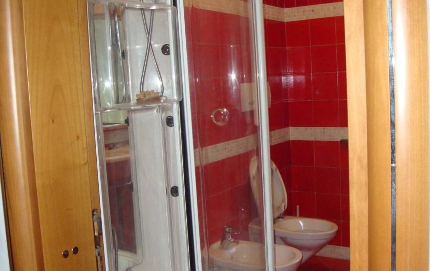 Location de vacances - Appartement à Pozzale - salle de bain 2