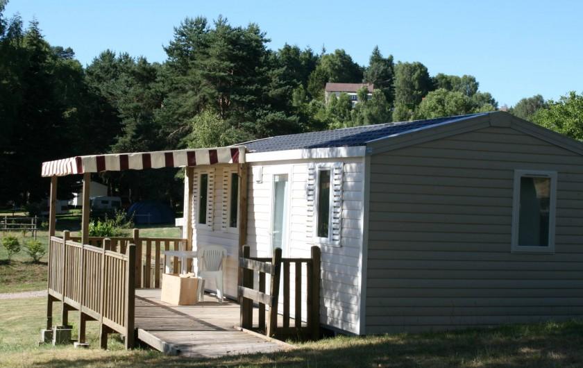 Location de vacances - Bungalow - Mobilhome à Beynat - Cottage Riviera, de l'espace et du confort.