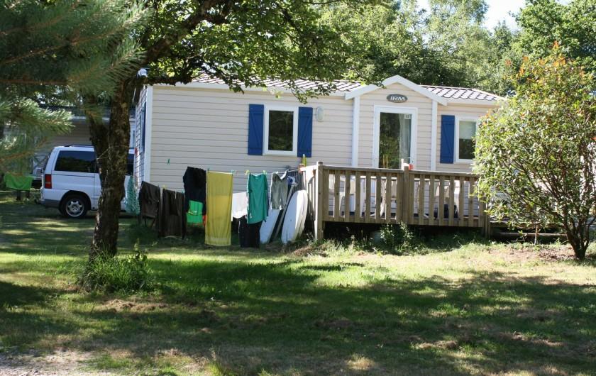 Location de vacances - Bungalow - Mobilhome à Beynat - Mobil-home 3 chambres, calme, ombre, confort, espace.