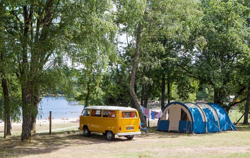 Location de vacances - Bungalow - Mobilhome à Beynat - Camping bord de lac.