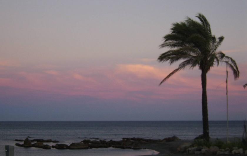 Location de vacances - Appartement à Marina de Casares - L'appartement se trouve à quelques minutes des plages