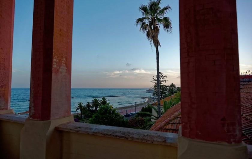 Location de vacances - Appartement à Santa Marinella - tourelle, terrasse