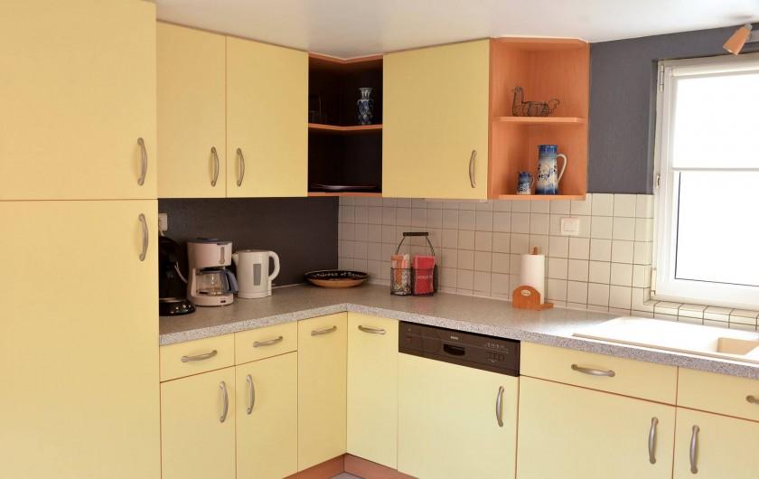 Location de vacances - Appartement à Eguisheim - la cuisine entièrement équipée
