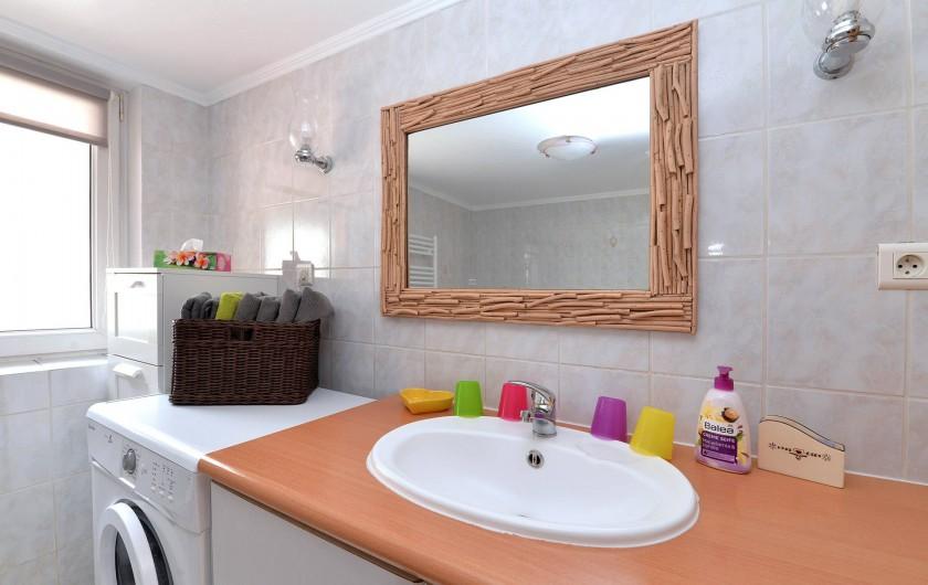 Location de vacances - Appartement à Eguisheim - la salle de bain