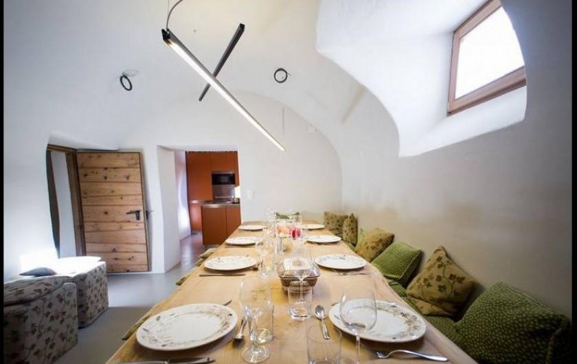 Location de vacances - Chalet à La Punt-Chamues-ch - Salle a manger près de la cuisine