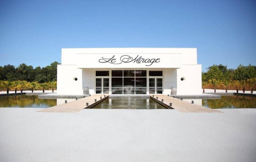 Location de vacances - Bungalow - Mobilhome à Mézos - LE MIRAGE  SALLE DE SPECTACLE associée au VILLAGE TROPICAL SEN -YAN