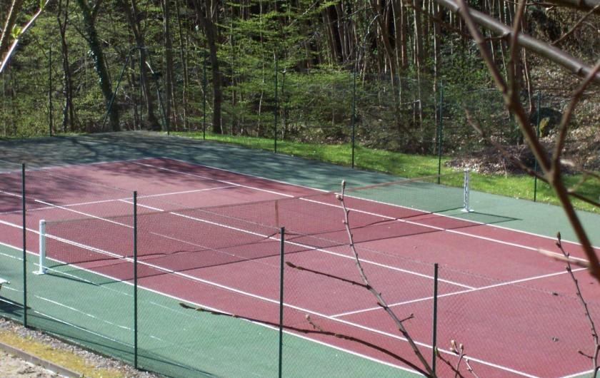 Location de vacances - Hôtel - Auberge à Husseren-les-Châteaux - tennis extérieur