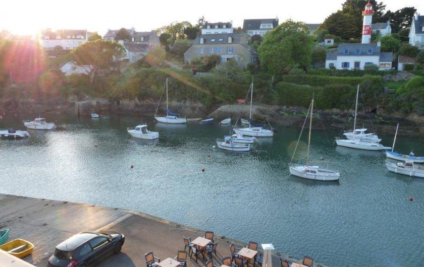 Location de vacances - Appartement à Clohars-Carnoët - le coucher de soleil depuis chambres et séjour (votre wifi en terrasse..)