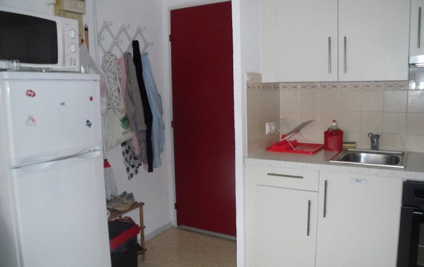 Location de vacances - Appartement à Bormes-les-Mimosas - coin cuisine