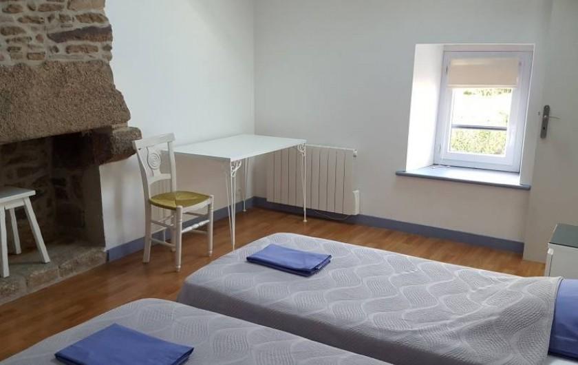 Location de vacances - Gîte à Saint-Pol-de-Léon - Chambre 2 petits lits