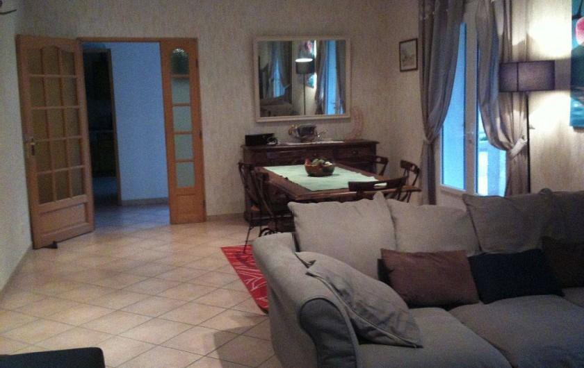 Location de vacances - Villa à Lamanon - le séjour