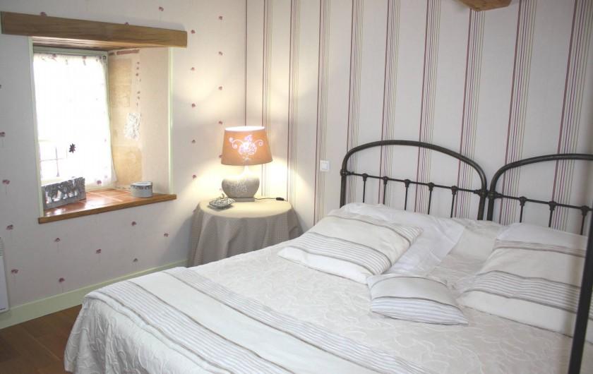Location de vacances - Gîte à Saint-Aubin - Chambre lit 180 suite chambre bébé