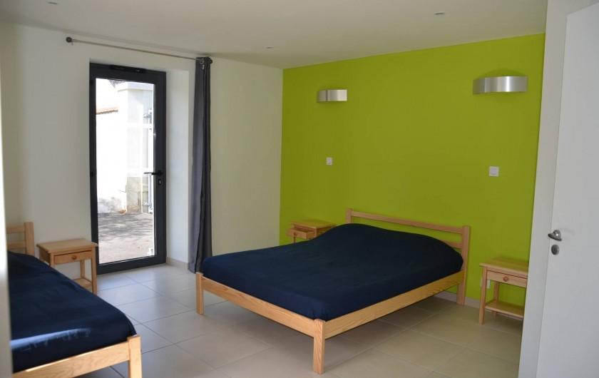 Location de vacances - Gîte à Sepmes - Chambre Primevère Accessible PMR