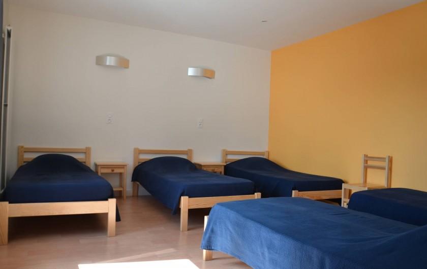 Location de vacances - Gîte à Sepmes - Chambre dortoir