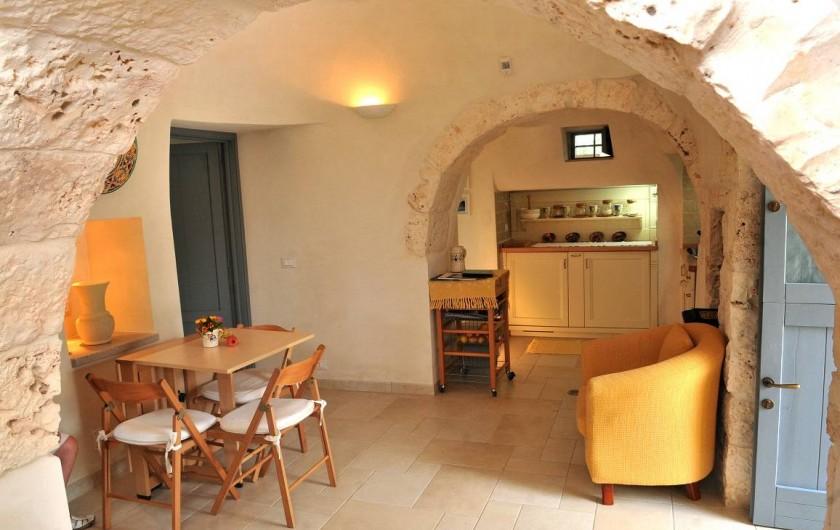 Location de vacances - Villa à Ceglie Messapica - Intérieur du cone principal du trulli