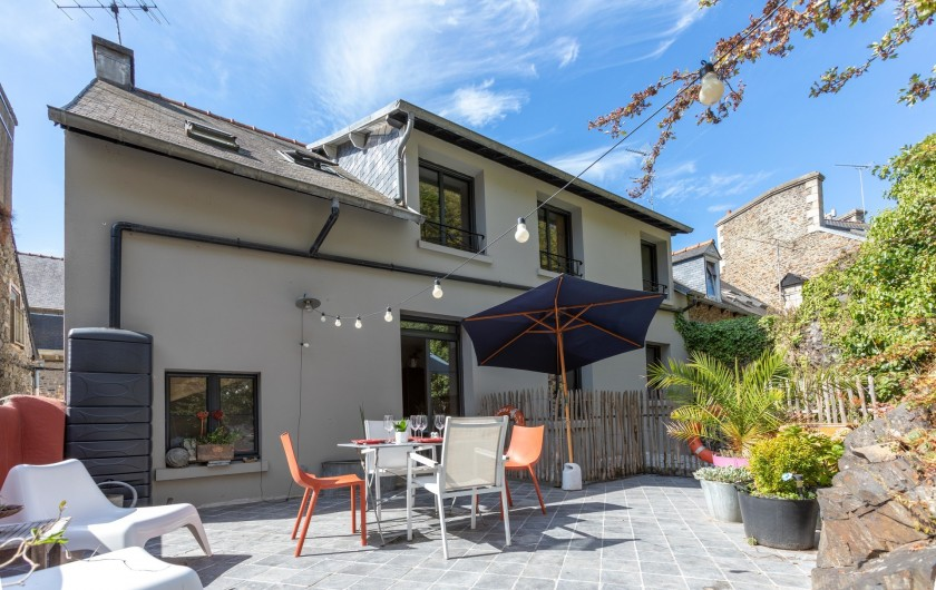Location de vacances - Appartement à Binic - terrasse privative au calme à flan de falaise pour ce gîte tout confort