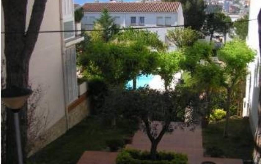 Location de vacances - Appartement à Platja d'Aro - Façade Ouest avec accès à la piscine