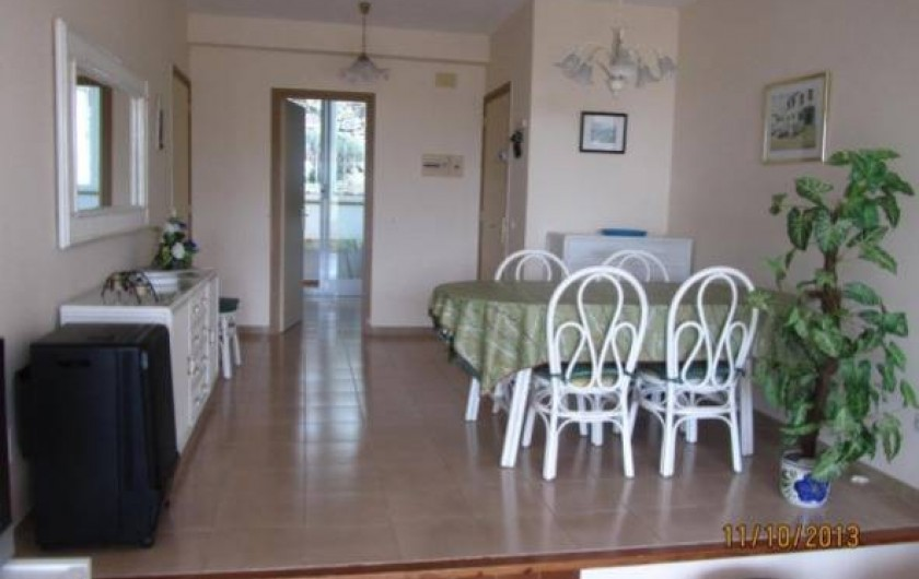 Location de vacances - Appartement à Platja d'Aro - Salle à manger et salon