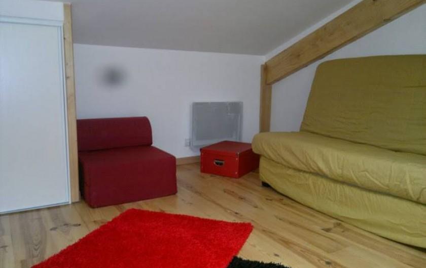 Location de vacances - Maison - Villa à Arcachon - chambre 3 clic clac 2places  et chauffeuse 1 place